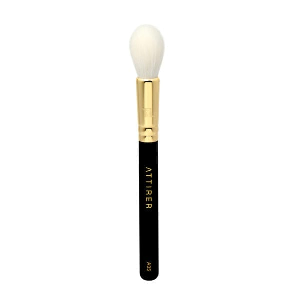 A05 Tapered Highlighter Brush